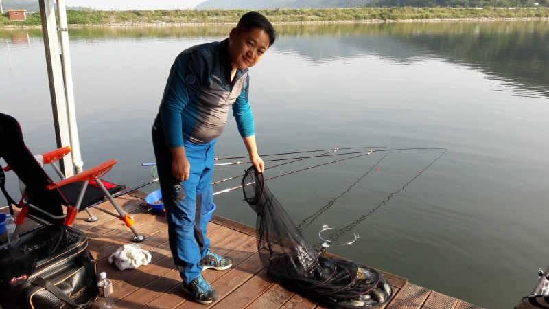 fish_pay_01004893.jpg