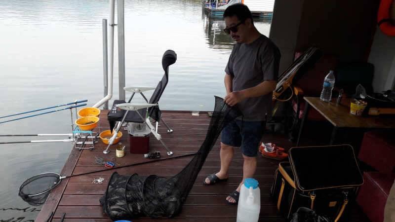fish_pay_01005643.jpg