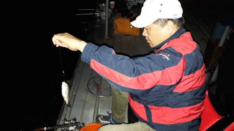 fish_pay_01011127.jpg
