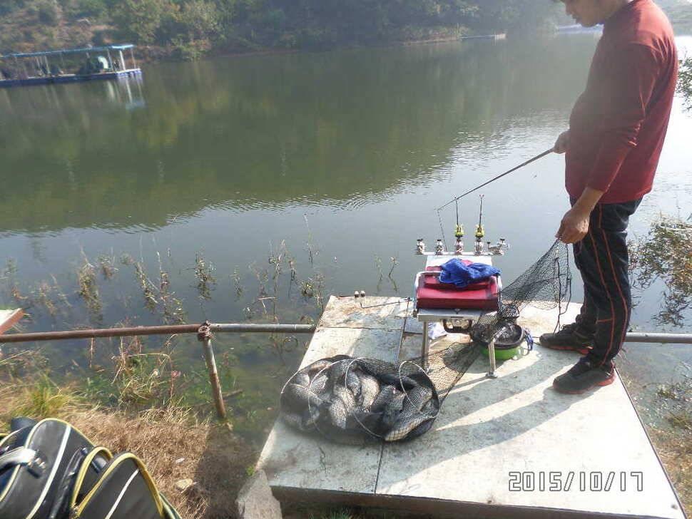 fish_pay_01571495.jpg