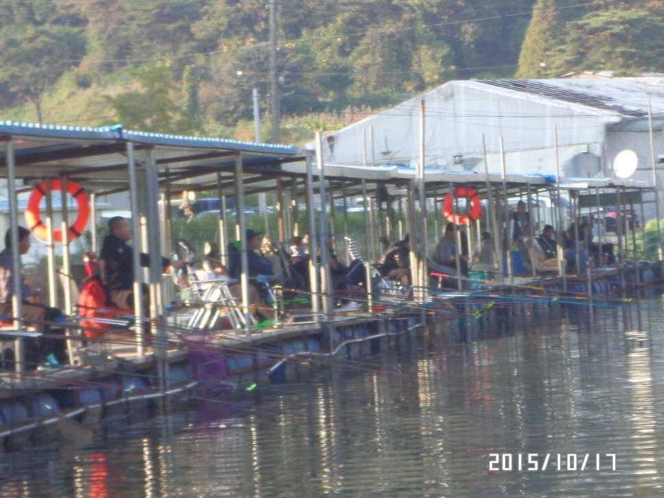 fish_pay_01574094.jpg