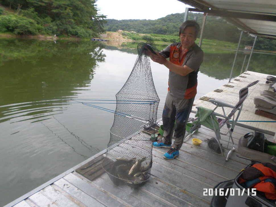 fish_pay_02422886.jpg