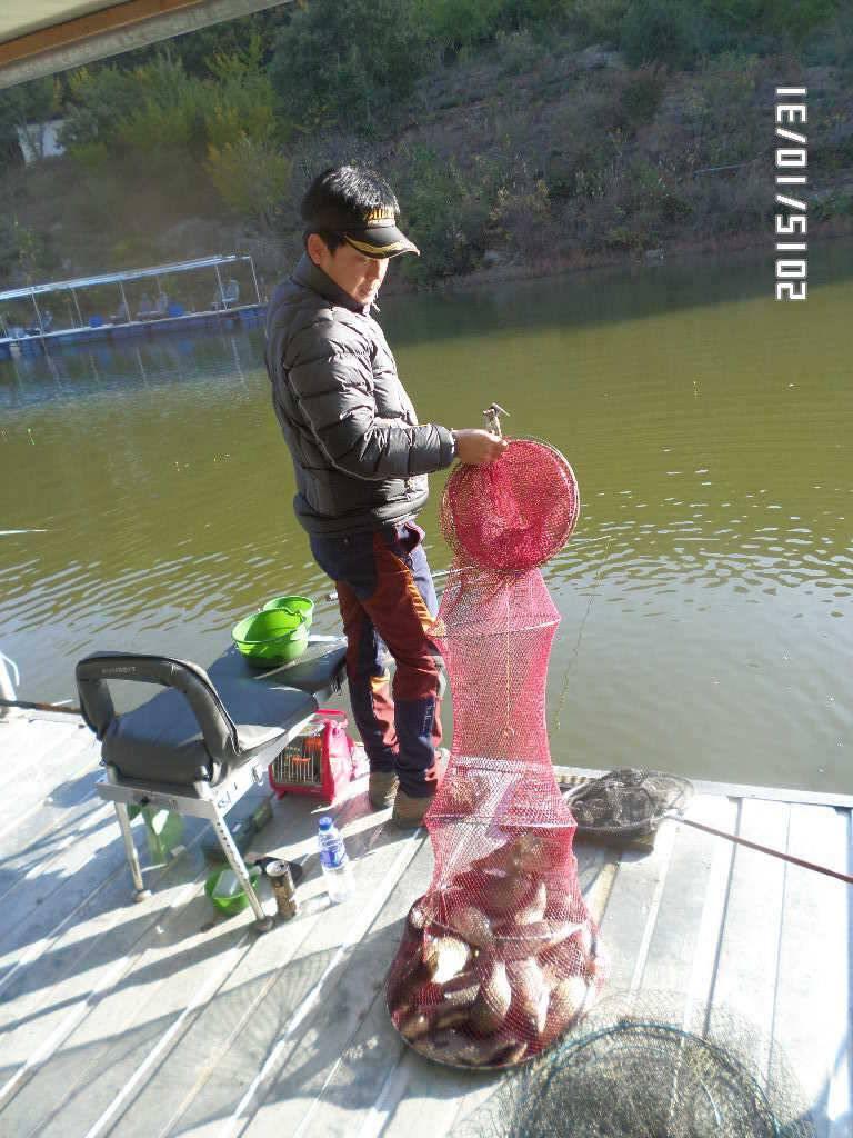 fish_pay_02571364.jpg