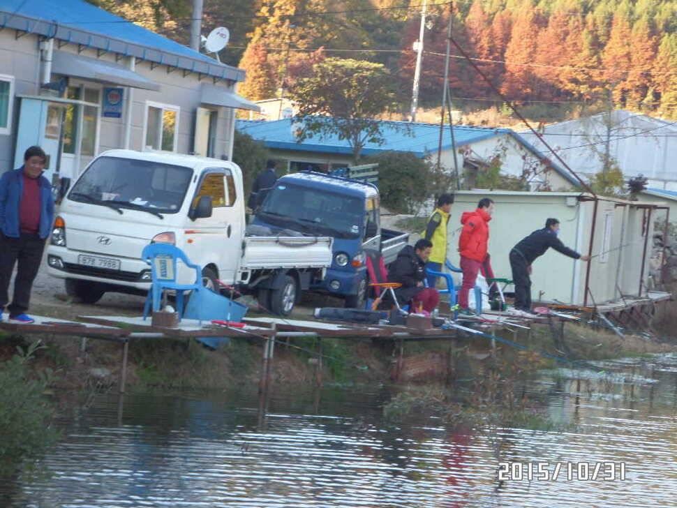 fish_pay_02574537.jpg