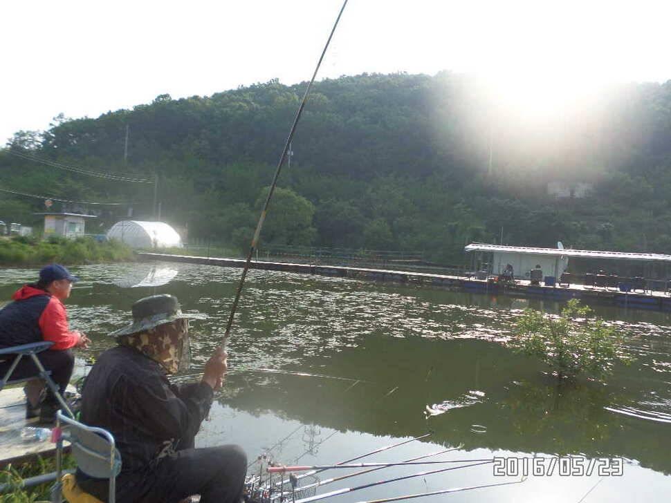 fish_pay_03345058.jpg