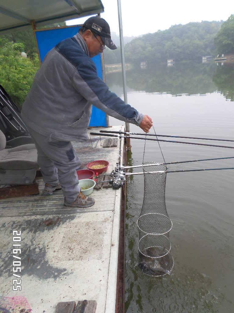 fish_pay_03354574.jpg
