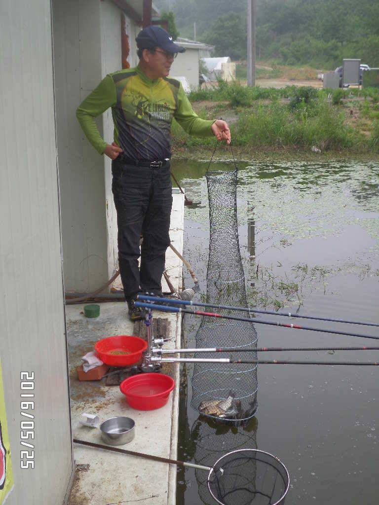 fish_pay_03355439.jpg