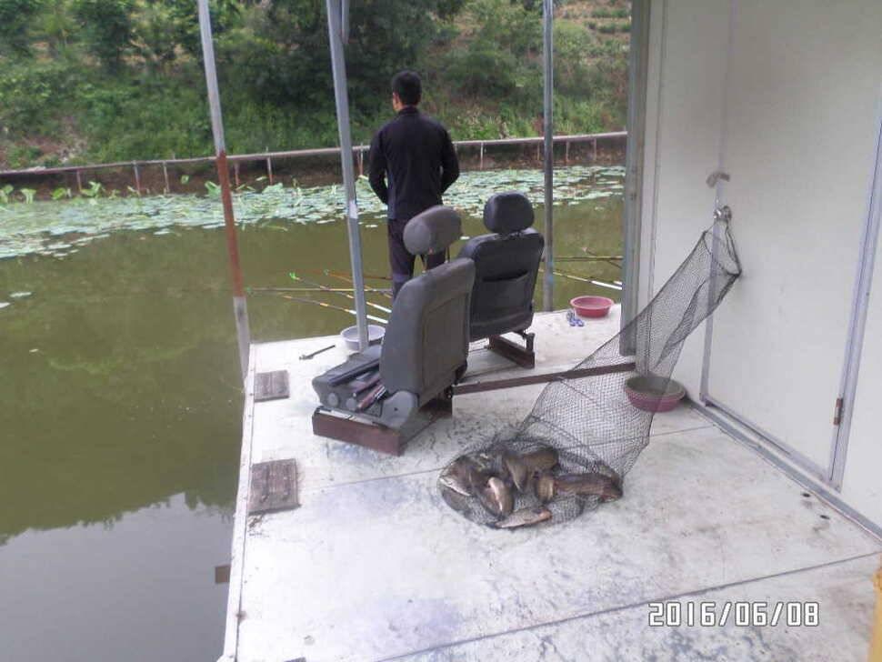 fish_pay_04375160.jpg