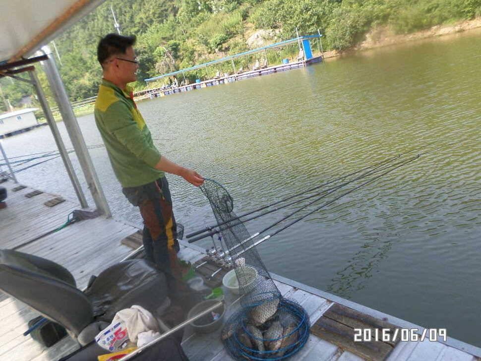 fish_pay_04384186.jpg
