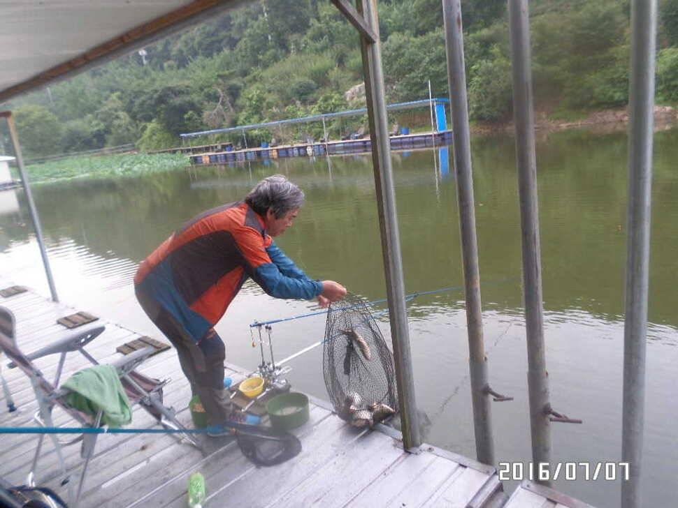 fish_pay_0511487.jpg