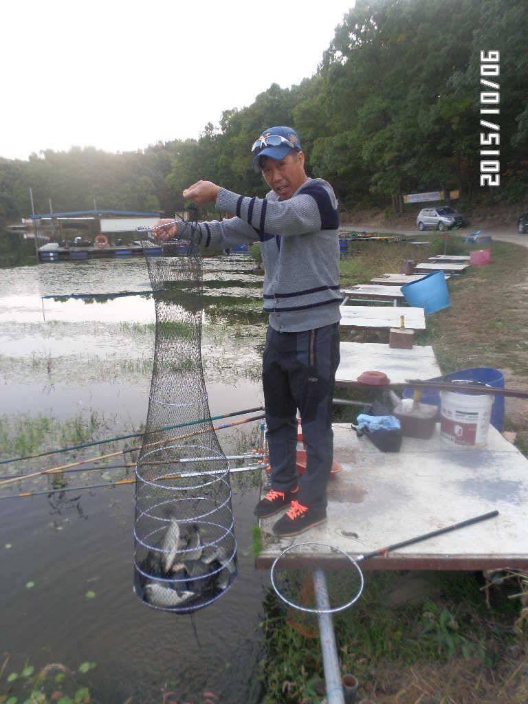 fish_pay_05442050.jpg