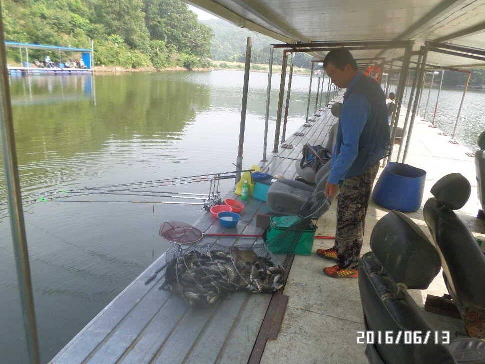 fish_pay_06002529.jpg