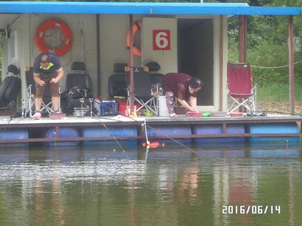fish_pay_06005376.jpg