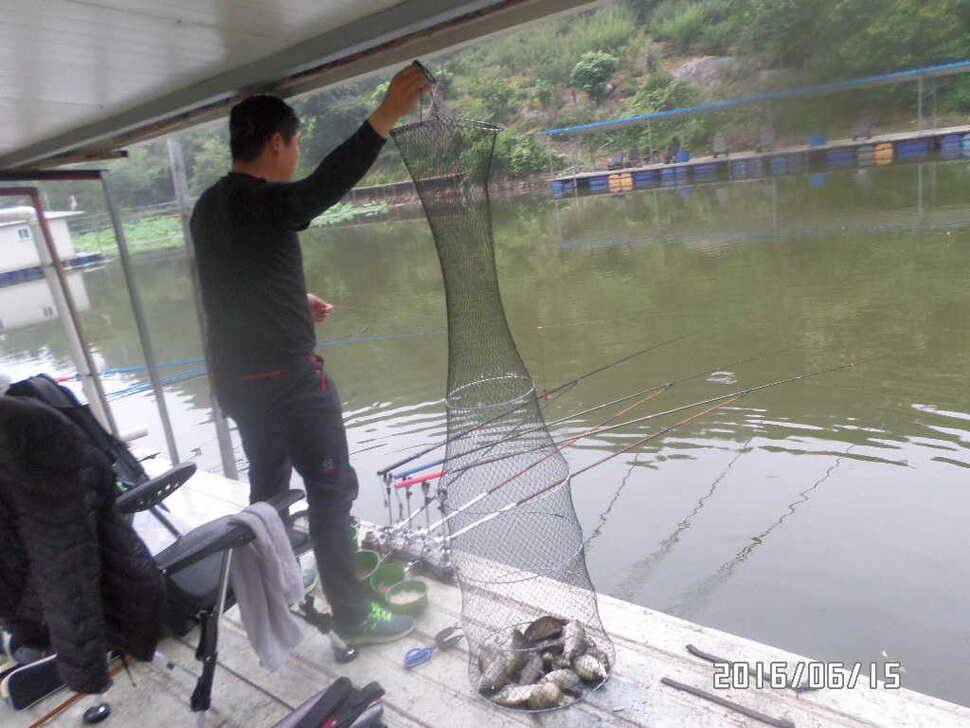 fish_pay_06010294.jpg