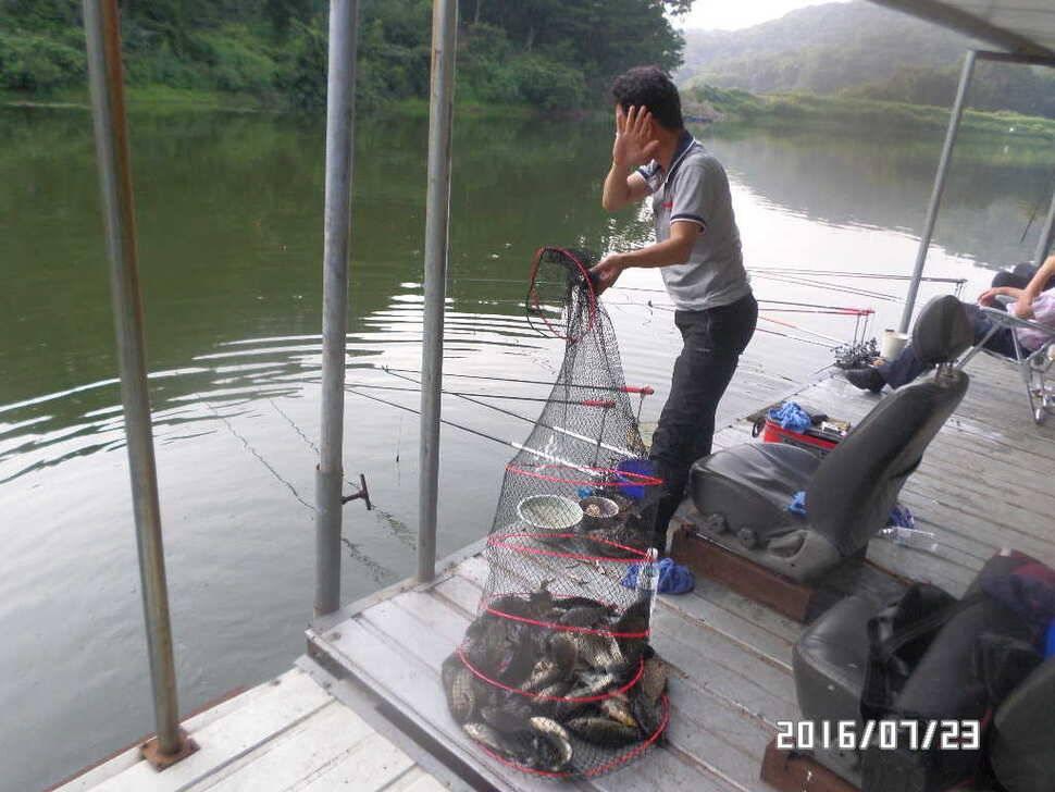 fish_pay_06064613.jpg