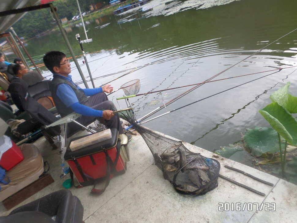 fish_pay_06073061.jpg