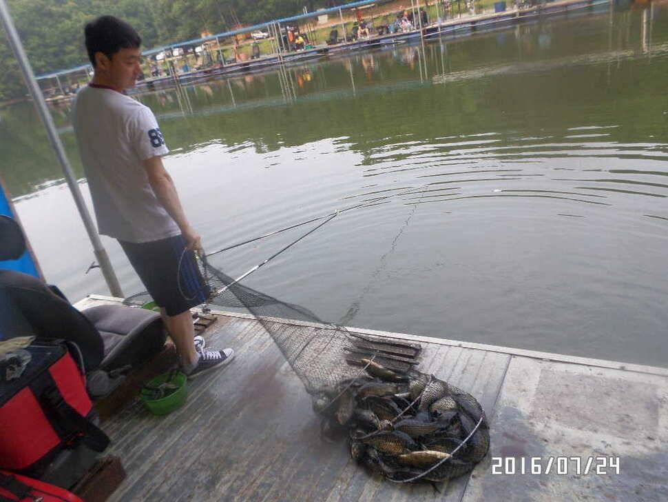 fish_pay_06075046.jpg