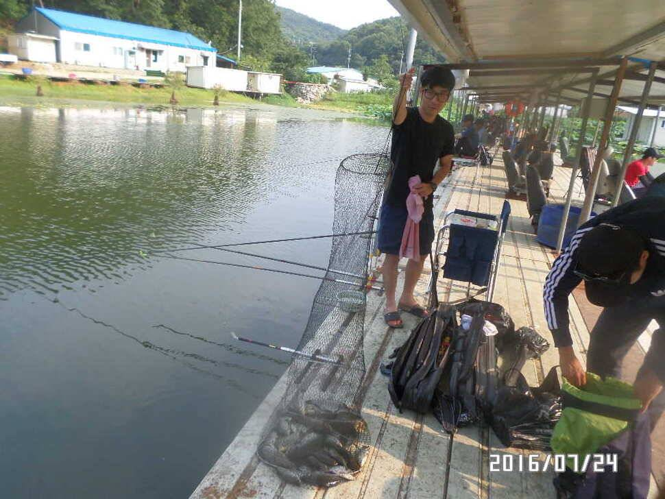 fish_pay_06081276.jpg