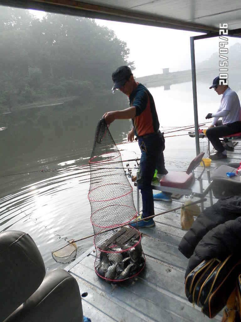 fish_pay_0615298.jpg