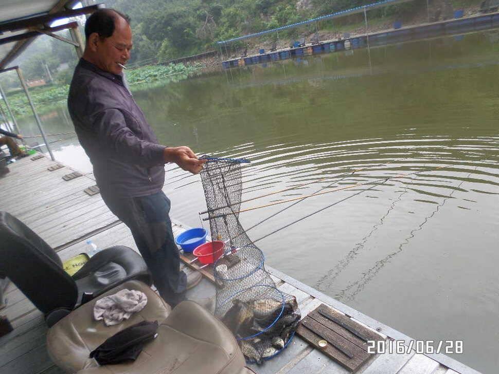 fish_pay_06361827.jpg