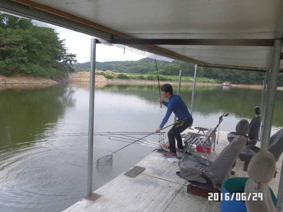 fish_pay_06370521.jpg
