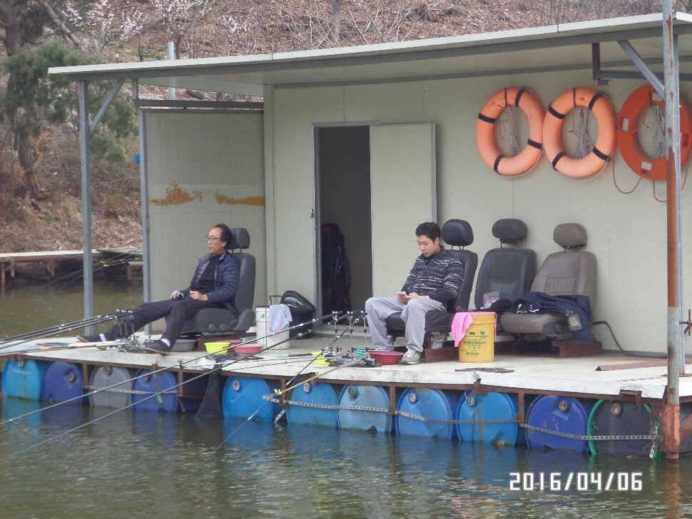 fish_pay_06420132.jpg