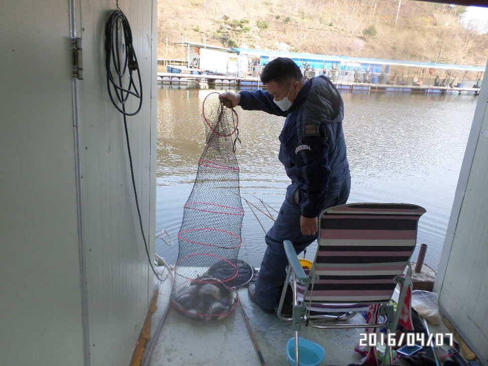 fish_pay_06423527.jpg