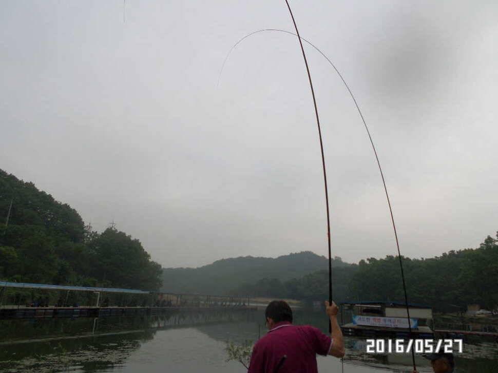 fish_pay_07351789.jpg