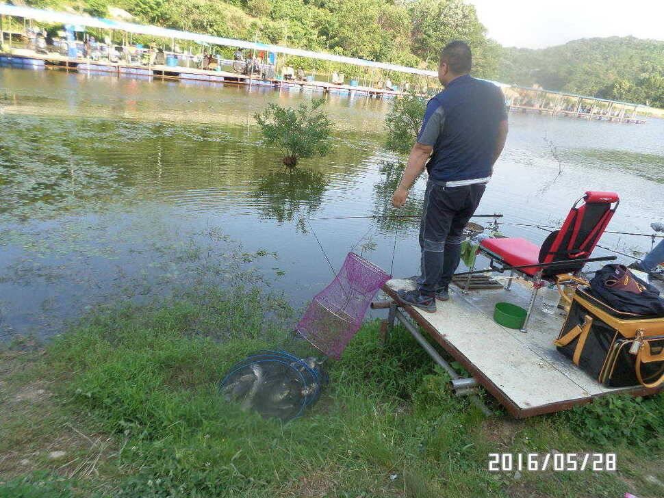 fish_pay_07370660.jpg