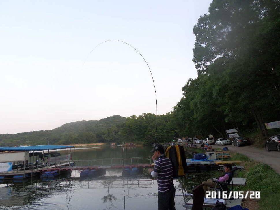 fish_pay_07373449.jpg
