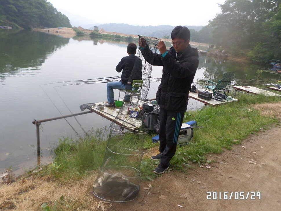 fish_pay_07375886.jpg