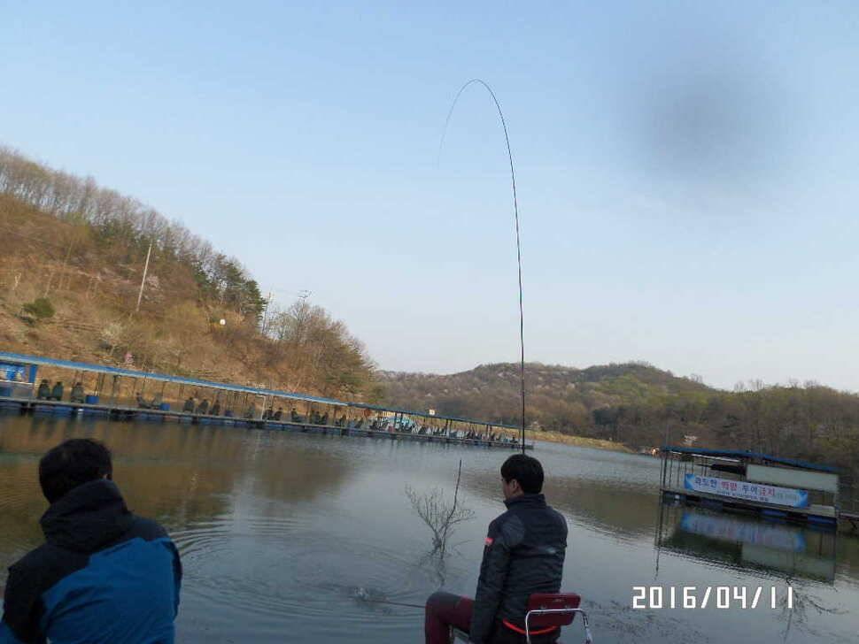 fish_pay_07481538.jpg