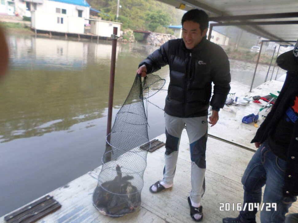 fish_pay_07492144.jpg