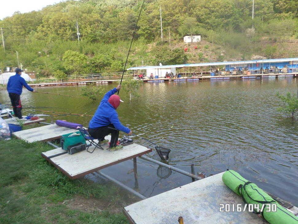 fish_pay_07502580.jpg