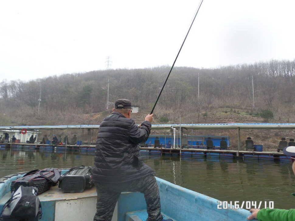 fish_pay_07560999.jpg