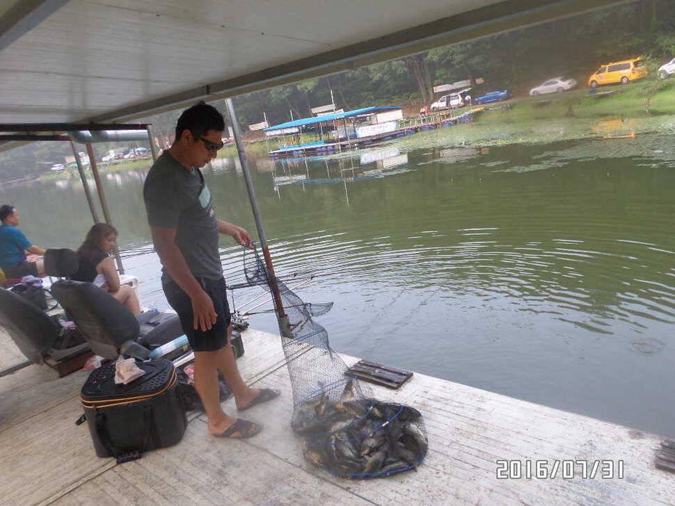 fish_pay_08002728.jpg