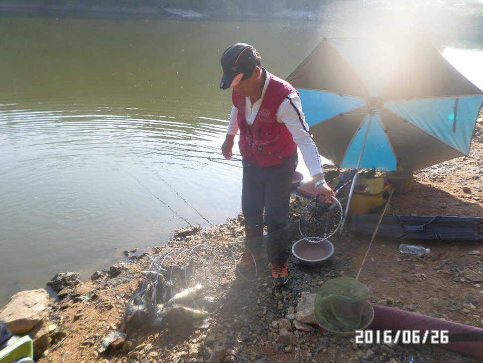 fish_pay_08040985.jpg