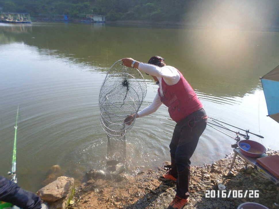 fish_pay_08041369.jpg