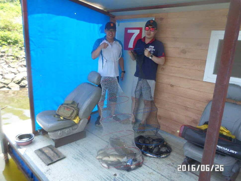 fish_pay_08044819.jpg
