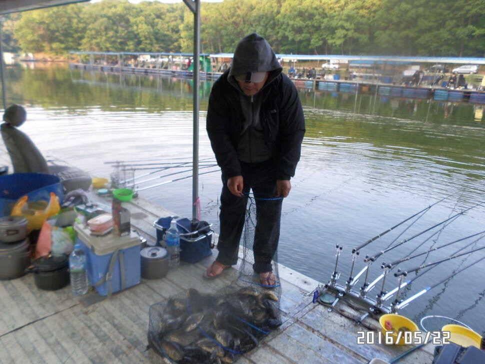 fish_pay_08105679.jpg