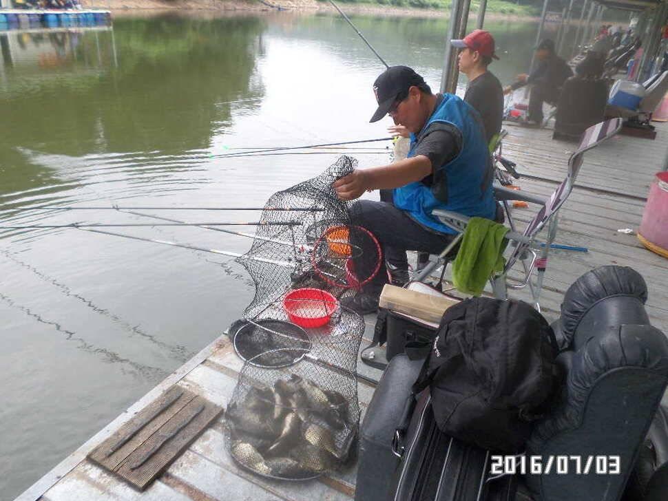fish_pay_08211381.jpg