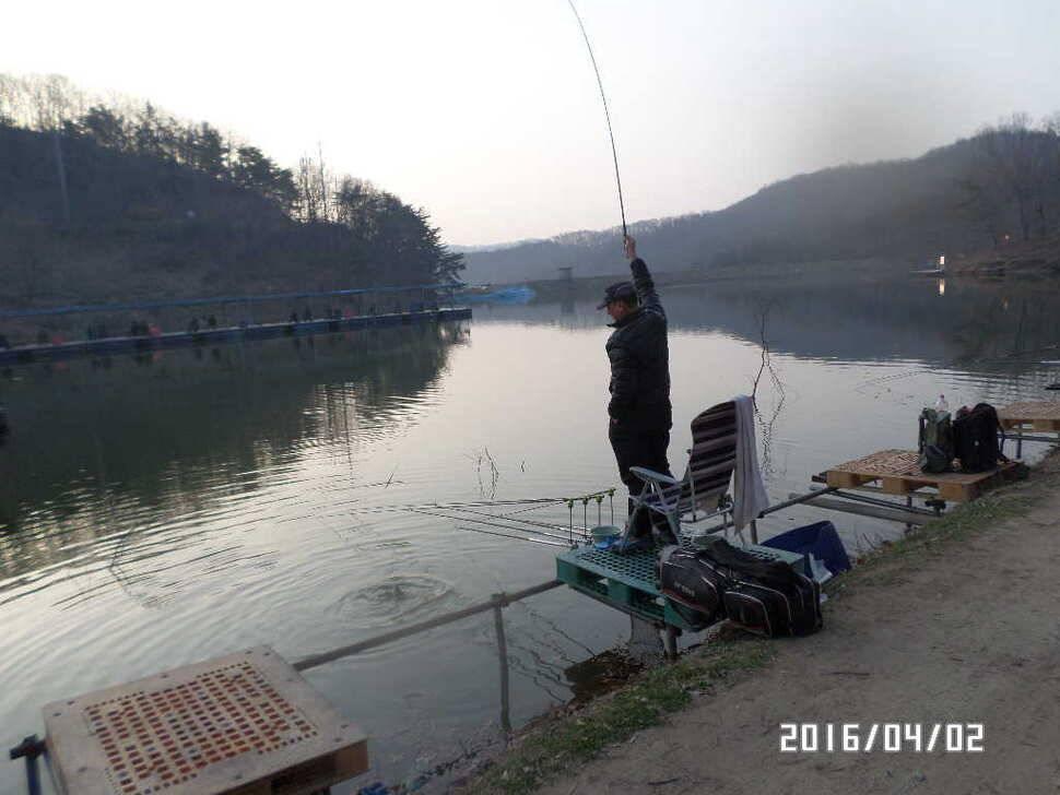 fish_pay_08301290.jpg