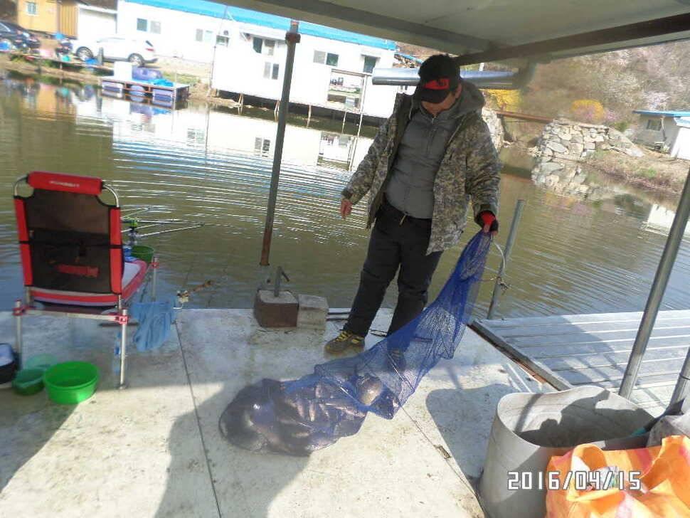 fish_pay_0839458.jpg
