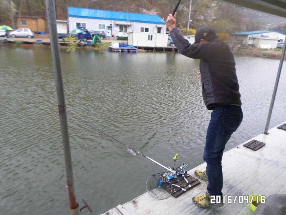 fish_pay_08415473.jpg