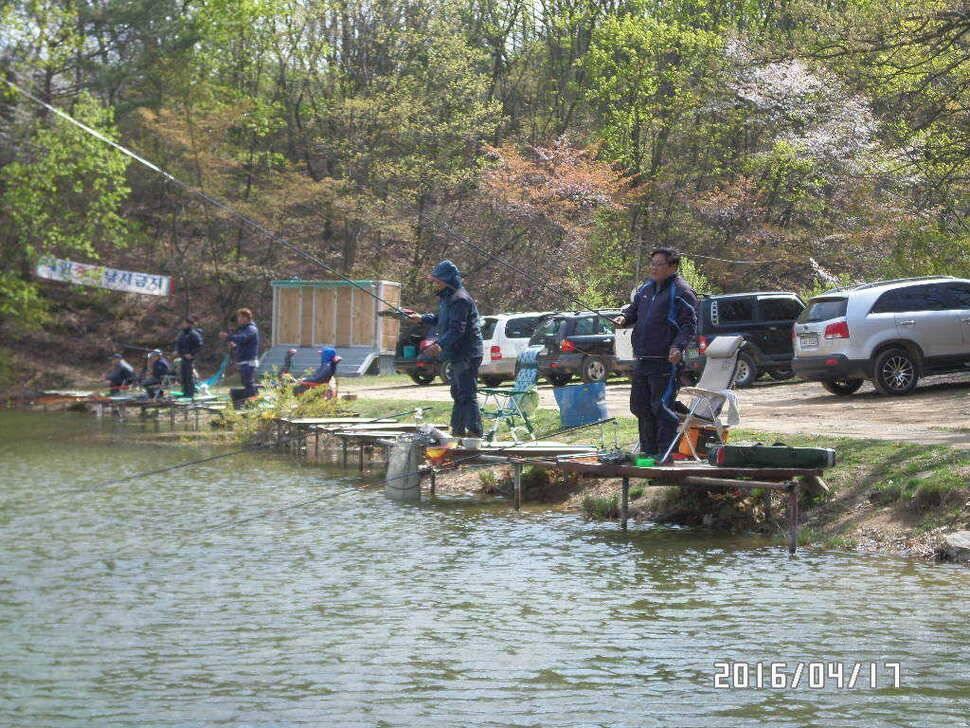 fish_pay_08422726.jpg
