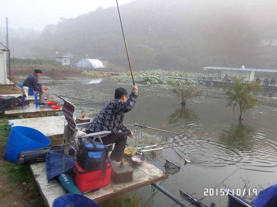 fish_pay_08464046.jpg