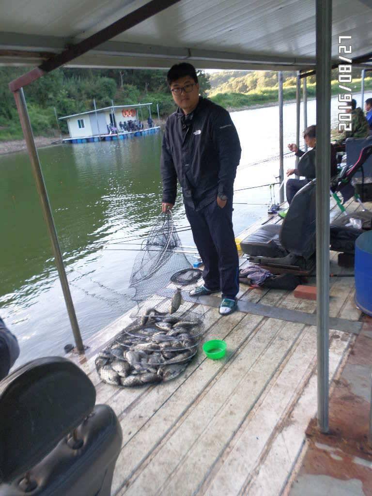fish_pay_09062676.jpg