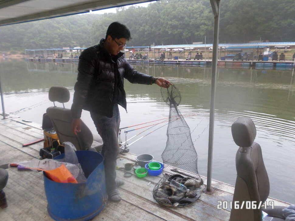 fish_pay_09542435.jpg