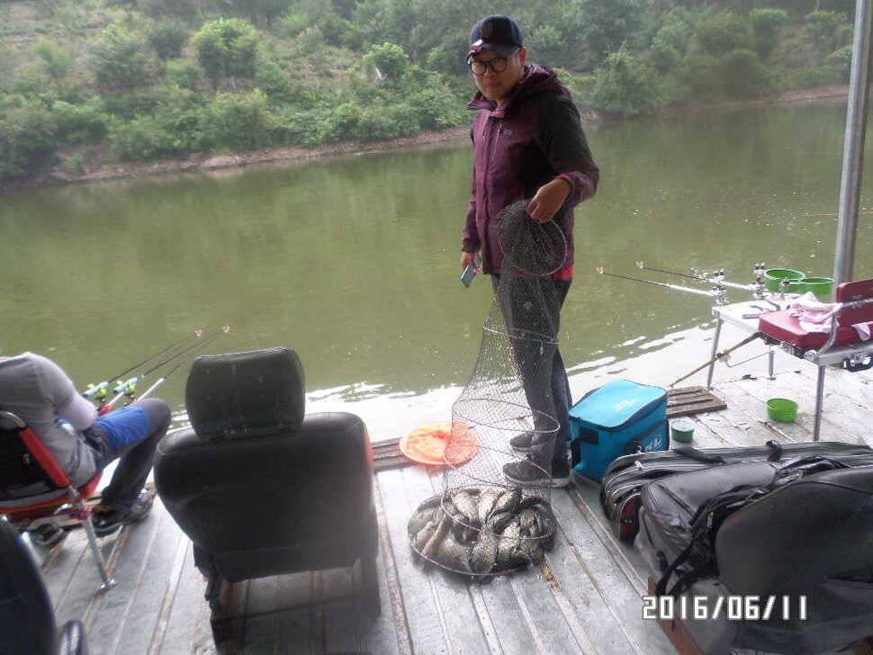 fish_pay_10155540.jpg