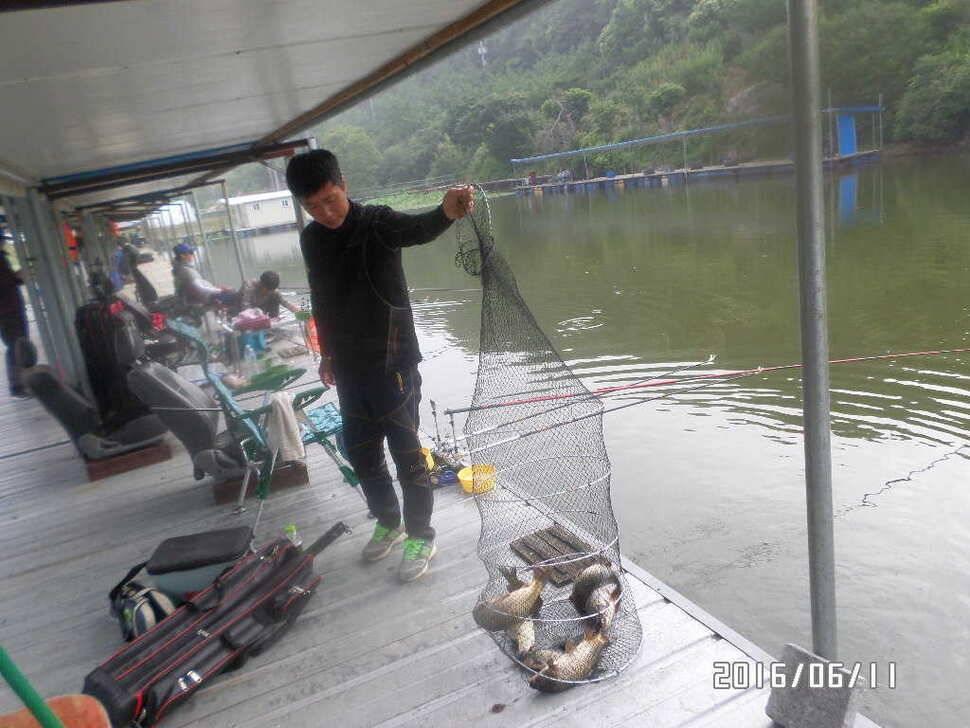 fish_pay_10160116.jpg